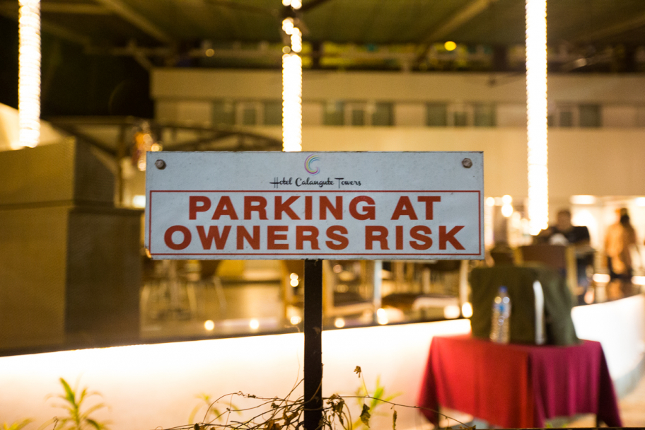 parking at owner's risk: Warning plage in Calangute, Goa, India